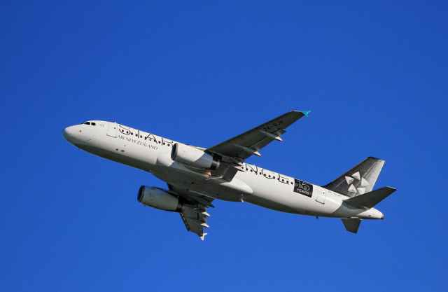 royalty free airbus passenger aircraft auckland